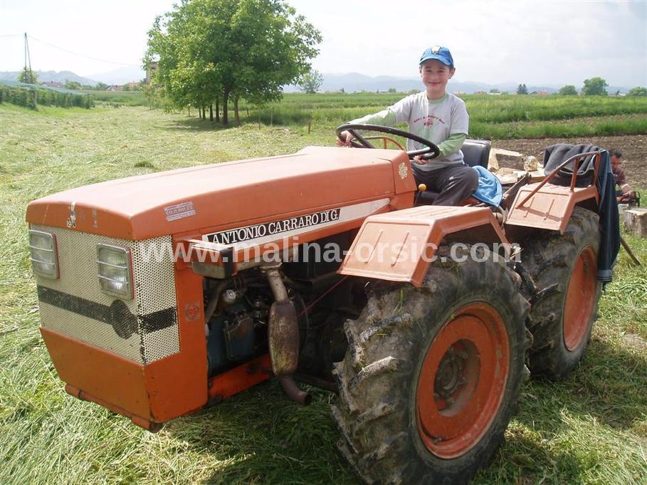 Traktor Antonio Carraro Tigrone